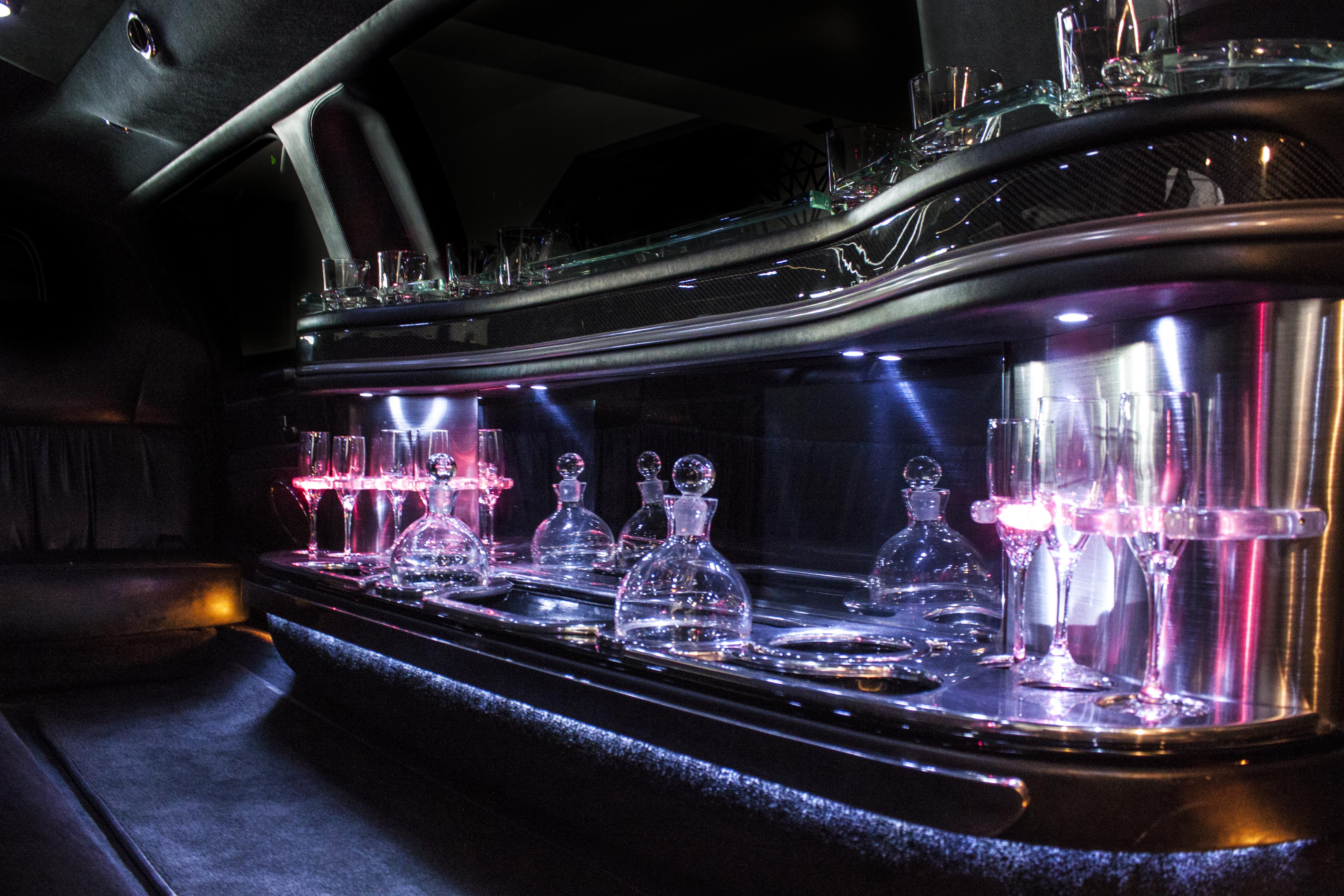 lincoln limousine interior 2